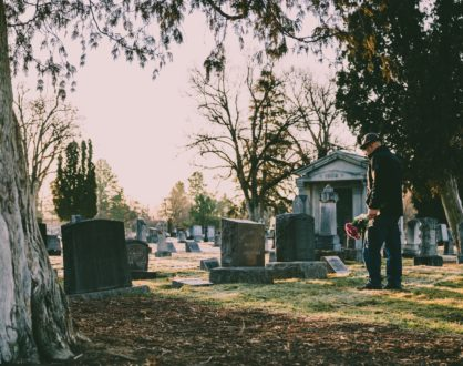 7 Unique Ways to Tailor a Funeral to Honor Your Loved One